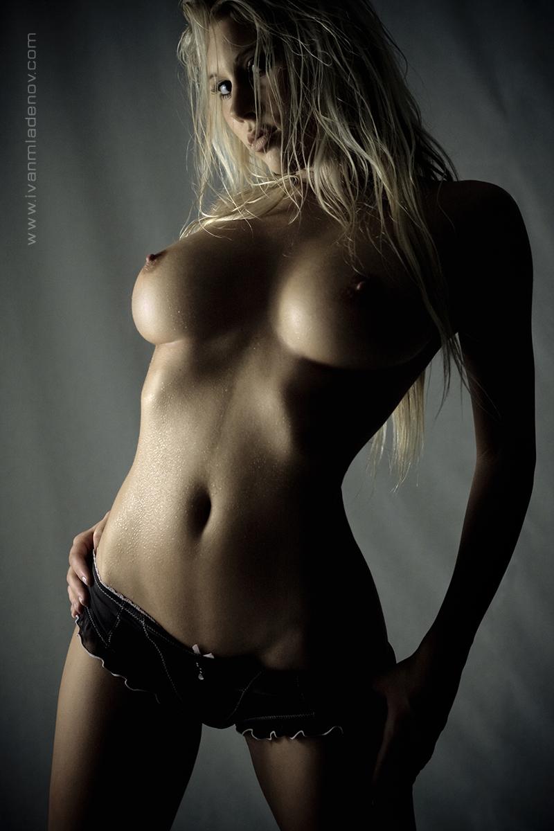 Sexy naked keebler elf xxx video